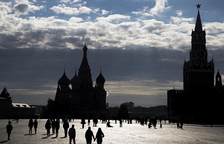Опрос Bloomberg: США может снять антироссийские санкции вбудущем году
