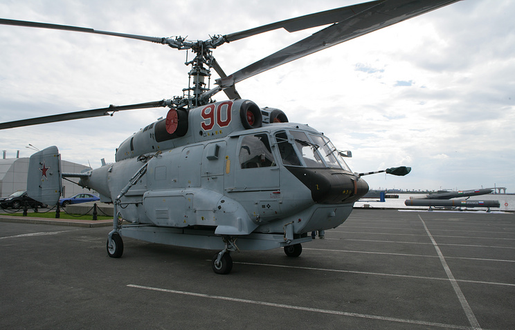 Корабельный транспортно-боевой вертолет Ка-29