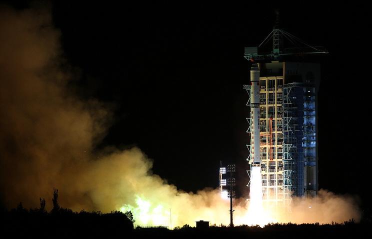 КНР запустил спутник слежения зауровнем углекислого газа