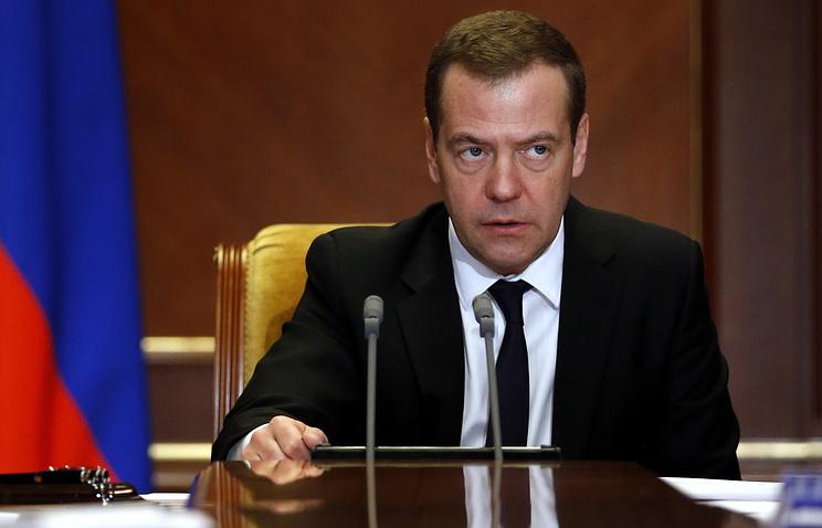 В Российской Федерации намесяц запретят реализацию спиртосодержащих жидкостей крепостью неменее 25 процентов