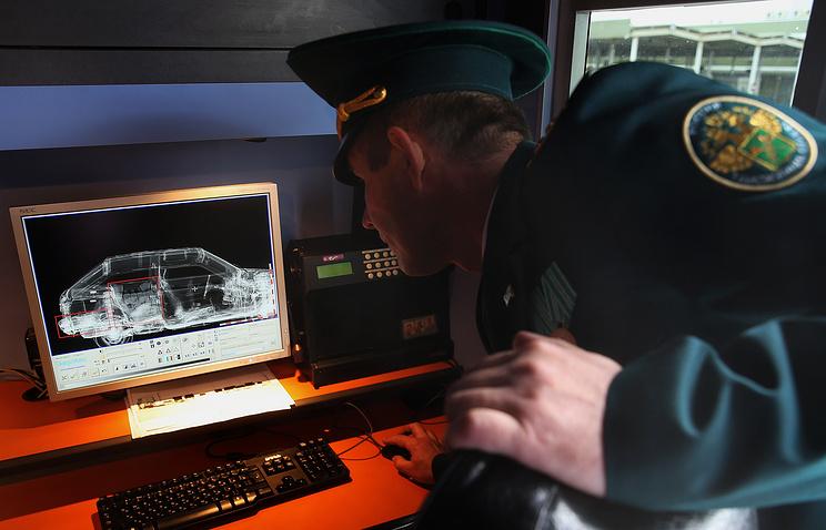 ВИвангороде награнице сЭстонией собралась пробка из250 машин