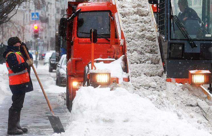 Москва иПодмосковье переживают снегопад без трудностей