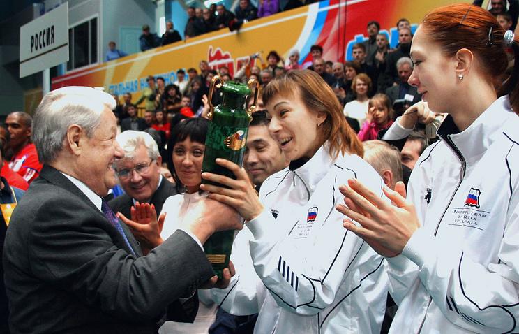 ВЕкатеринбурге открылась выставка, где Ельцин представлен некак политик