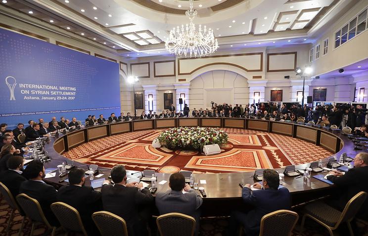 2-ой день вАстане: Кпереговорам подключились ДеМистура ивооруженная оппозиция