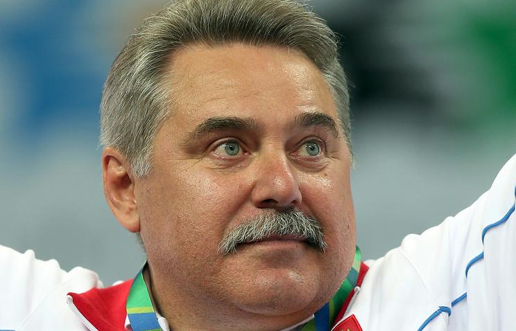 Кузюткин иШляпников утверждены напостах тренеров женской имужской сборныхРФ