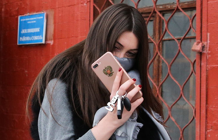 Суд в столицеРФ оштрафовал стритрейсершу Мару Багдасарян еще на27 тыс. руб.