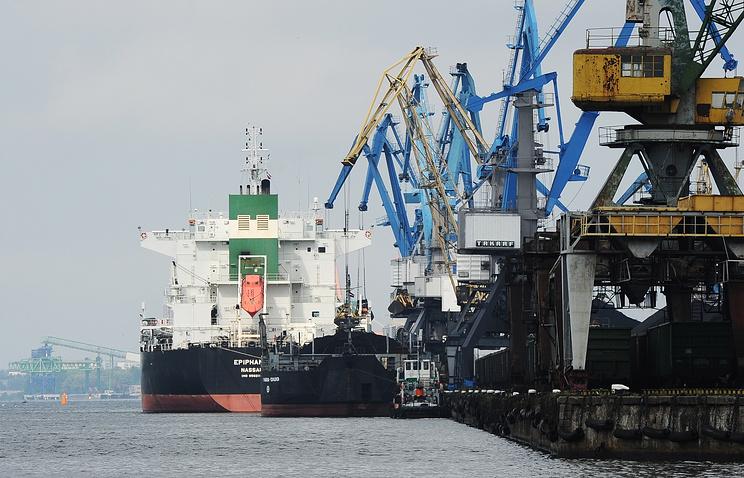 Новороссийский порт замесяц увеличил грузооборот на6,4%