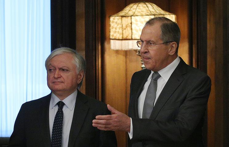 Жители России смогут въезжать вАрмению повнутренним паспортам вближайшие дни