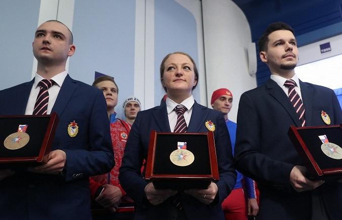 Петербург примет эстафету огня III зимних Всемирных военных игр