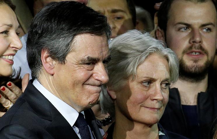 Франсуа Фийон с женой Пенелопой