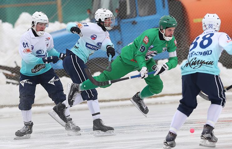 Определились все участники ¼ финала чемпионата Российской Федерации похоккею смячом