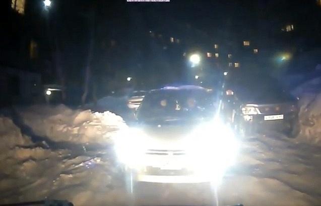 Гражданин Петропавловска, ккоторому иностранная машина непропустила «скорую», отравился газом