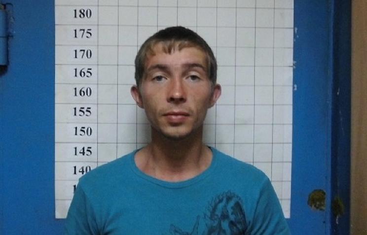 Ранившего ножом 8-летнюю падчерицу задержали среди бомжей вСвердловской области