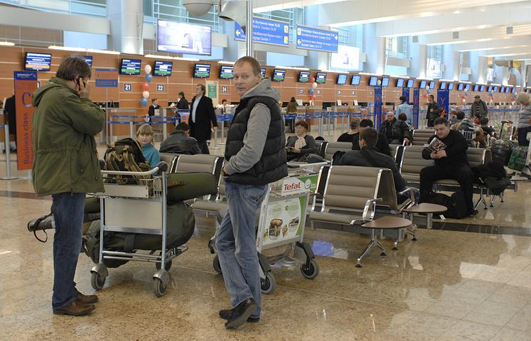 Ваэропортах столицы задержано иотменено около 40 рейсов
