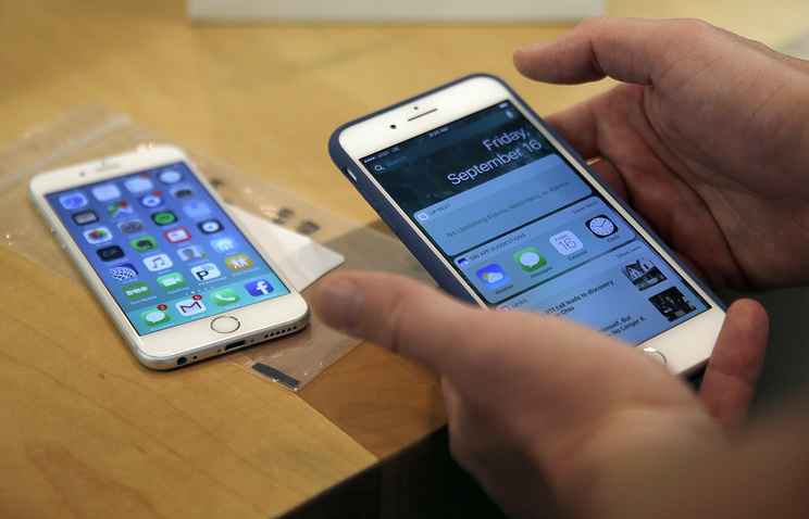 Американские ученые создали самовосстанавливающееся стекло для телефонов