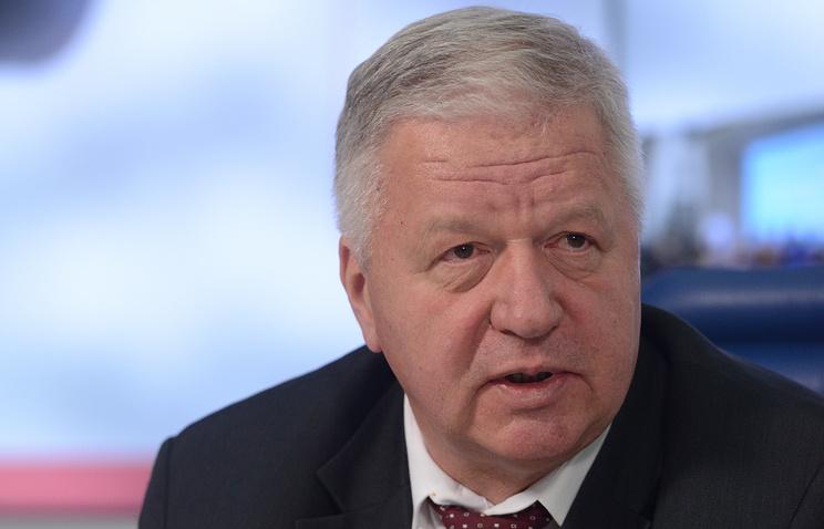 Глава Федерации независимых профсоюзов России (ФНПР) Михаил Шмаков