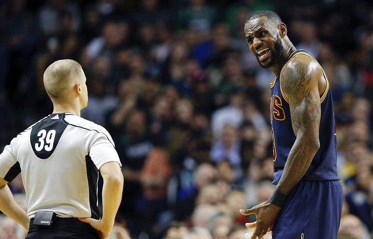 Джеймс повторил рекорд НБА, выиграв 20 матчей первого раунда плей-офф подряд