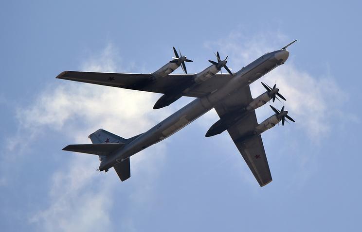 Турбовинтовой стратегический бомбардировщик-ракетоносец Ту-95