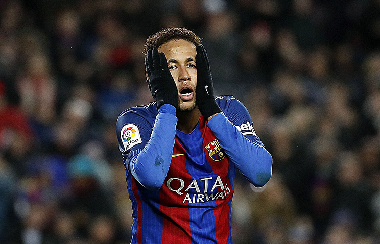 «Барселона» решила невключать футболиста Неймара взаявку наматч с«Реалом»