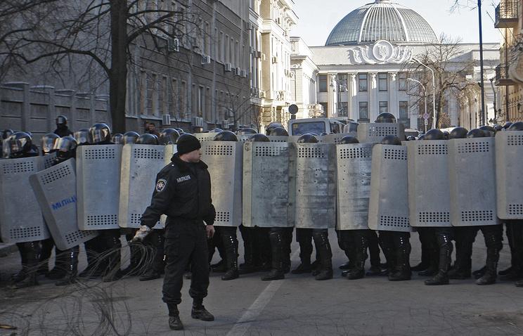 Суд продлил арест пятерым экс-«беркутовцам» до23июня
