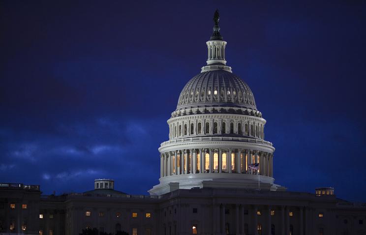 Сенат США одобрит резолюцию опродлении снобжения деньгами госучреждений до5мая