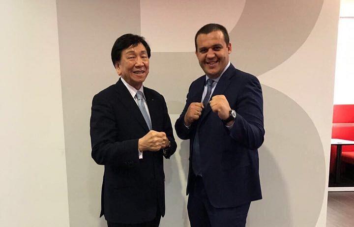 Умар Кремлев (справа) и Чинг-Коу Ву