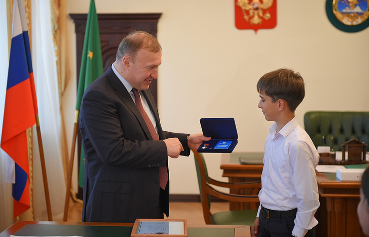 Врио главы Адыгеи Мурат Кумпилов и Заур Мирзов