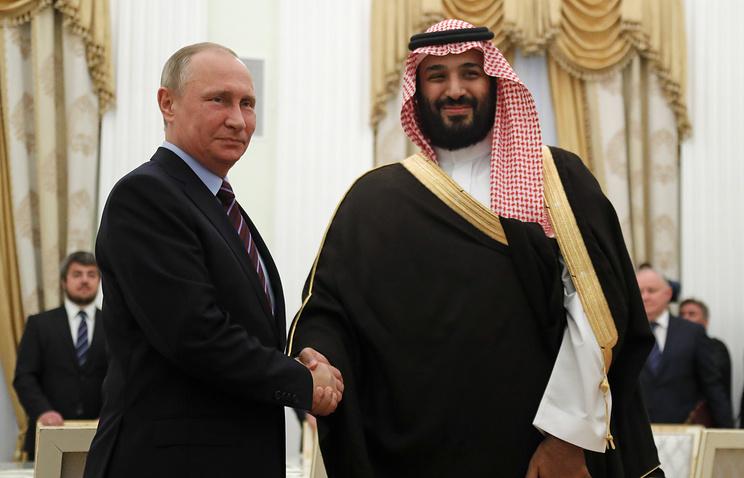 Президент РФ Владимир Путин и министр обороны Саудовской Аравии Мухаммед бен Сальман Аль Сауд