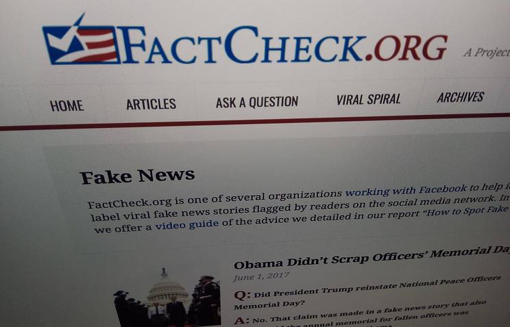 Сайт FactCheck.org, созданный для мониторинга и разбора публикуемой в СМИ информации на предмет достоверности