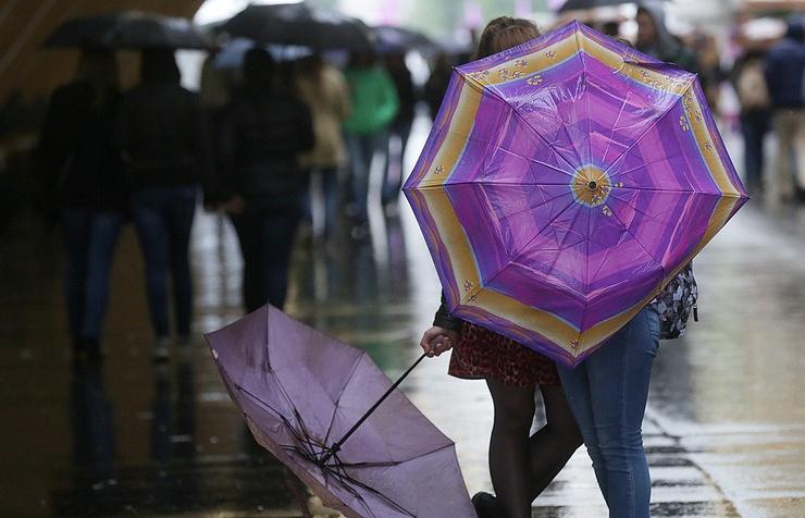 В столице России иПодмосковье предполагается небольшой дождь идо14 градусов тепла