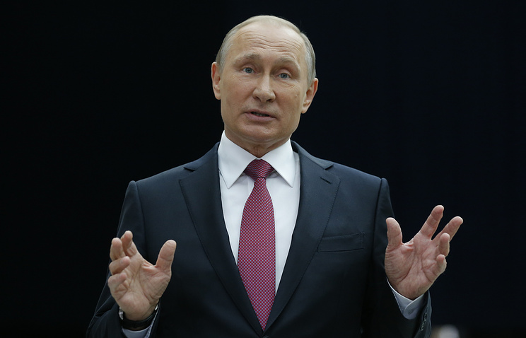 Напрямую линию сВладимиром Путиным поступило неменее пятисот тыс. вопросов