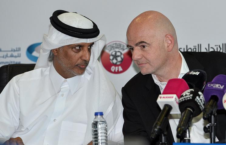 Президент футбольной ассоциации Катара Хамад бин Халифа Аль Тани и президент ФИФА Джанни Инфантино
