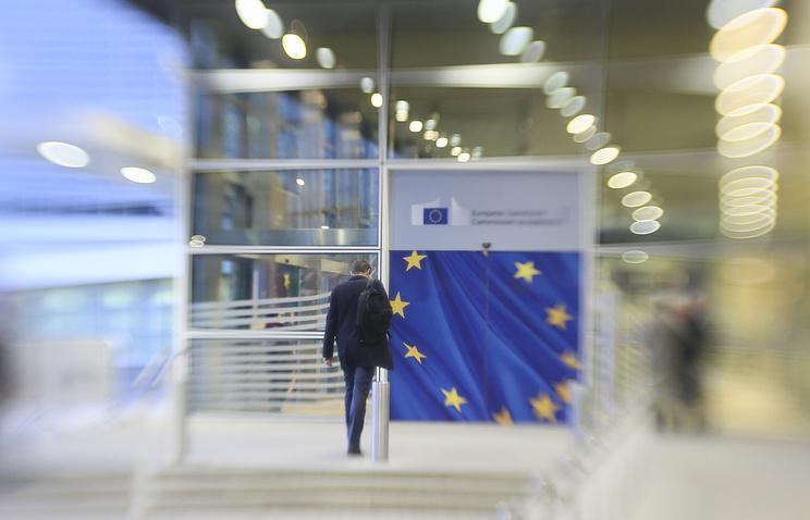 Принцип «Америка впервую очередь» противоречит интересам Европы— Юнкер
