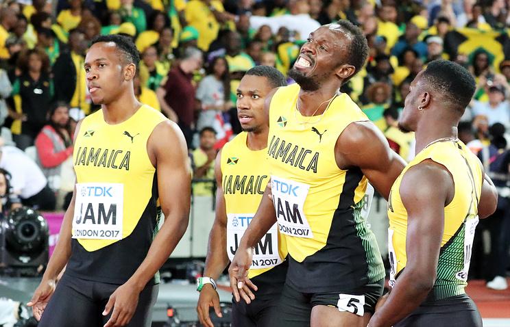 Сборная Ямайки в эстафете 4х100 м