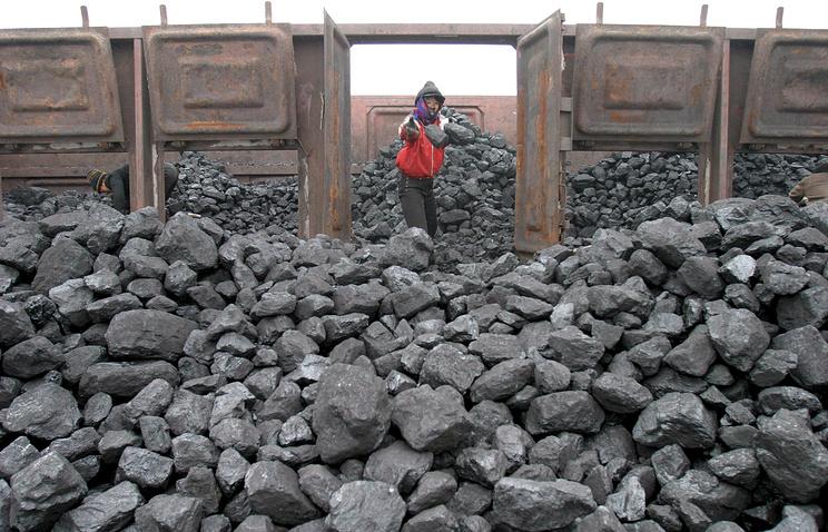 Китай вводит эмбарго на импорт угля, железа, свинца и морепродуктов из КНДР