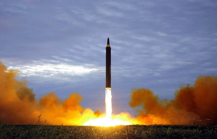 Япония хочет создать лазеры для уничтожения ракет КНДР
