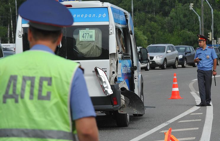 Микроавтобус сдетской футбольной командой попал в трагедию  вЧелябинске