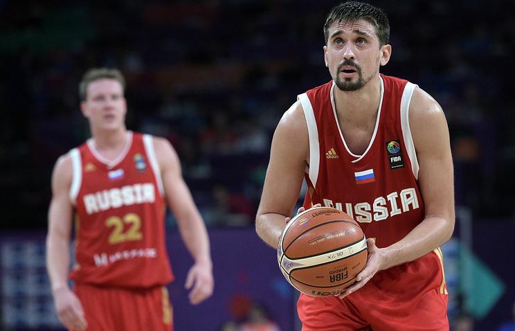 Российская Федерация сыграет сСербией вполуфинале Евробаскета
