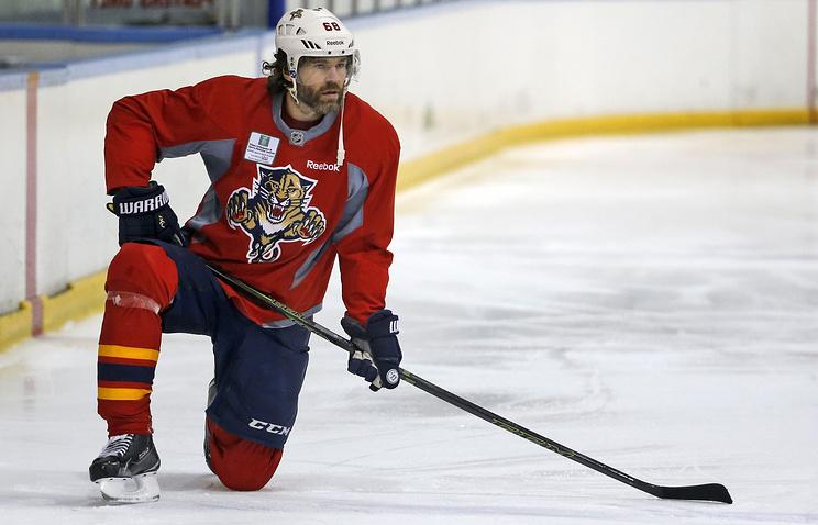Клуб НХЛ «Калгари» ведет переговоры опереходе Яромира Ягра