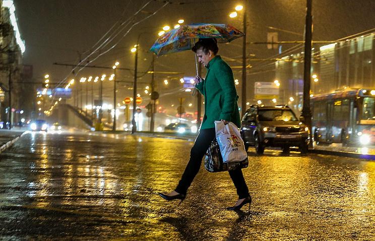 СтолицуРФ иПодмосковье ввыходные дни зальют дожди