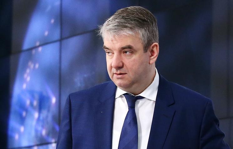 Руководитель Роструда порекомендовал россиянам больше работать