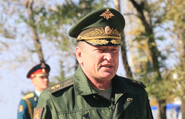 Генерал-лейтенант Александр Лапин