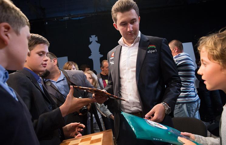 Гроссмейстер Сергей Карякин захватил лидерство начемпионате мира поблицу