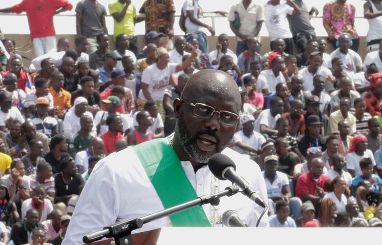 Новый президент Либерии Джордж Веа приведен кприсяге