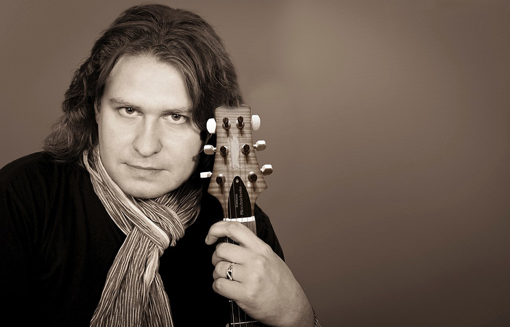 Роман Мирошниченко