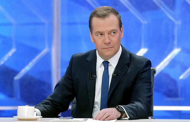 Медведев распорядился провести альтернативные Олимпиаде состязания