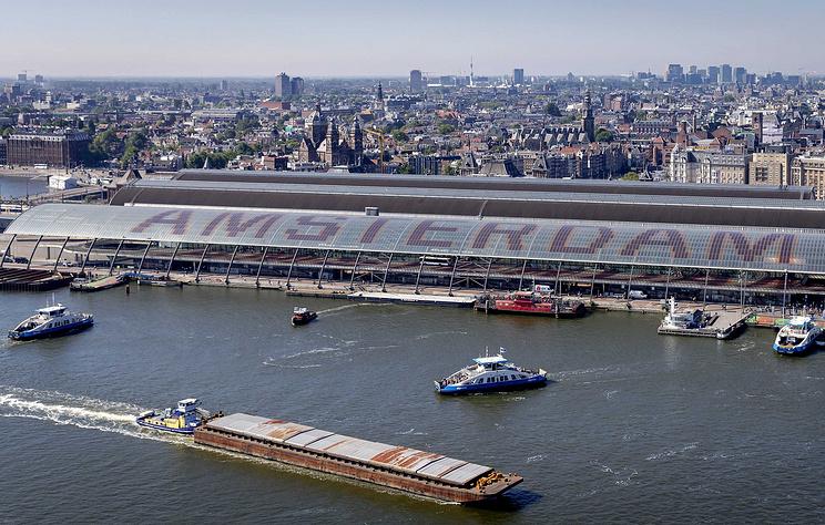Guardian: голландские строители обнаружили тысячи артефактов вбывших каналах Амстердама