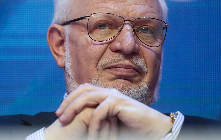 Федотов: изменение пенсионного законодательства направлено наповышение пенсий