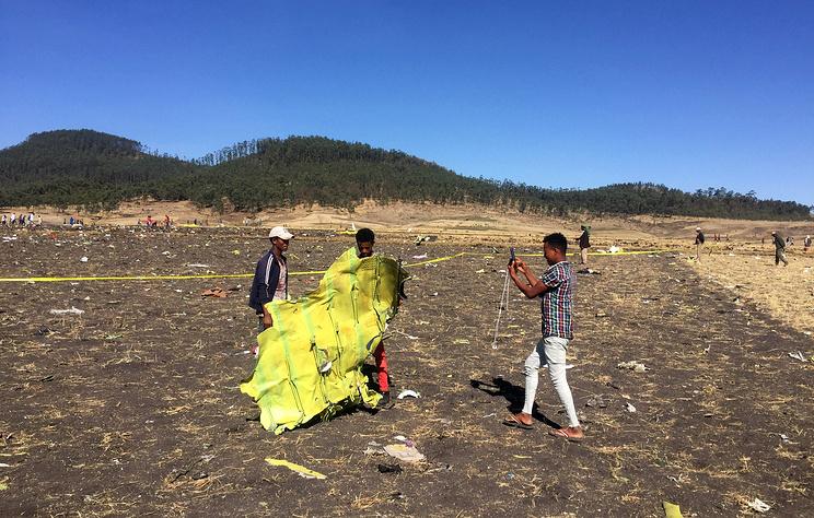 На месте крушения Boeing 737 авиакомпании Ethiopian Airlines
