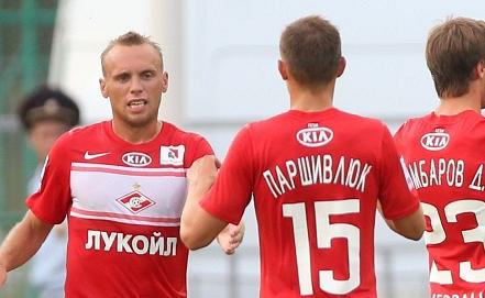 Денис Глушаков /слева/    Фото: ИТАР-ТАСС/Валерий Шарифулин